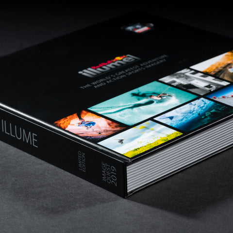 Red Bull Illume 2019 Photobook + SanDisk SD-Card - Red Bull Illume 2019 Photobook + SanDisk SD-Card - COOPH Cooperative of Photography GmbH