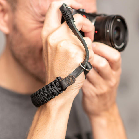 blackblack - Leica Paracord Hand Strap - COOPH Cooperative of Photography GmbH