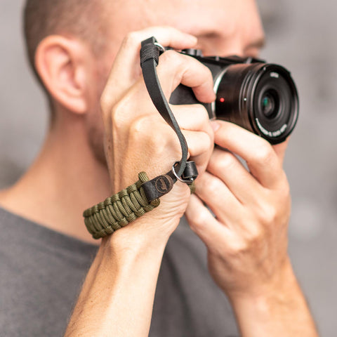 oliveblack - Leica Paracord Hand Strap - COOPH Cooperative of Photography GmbH