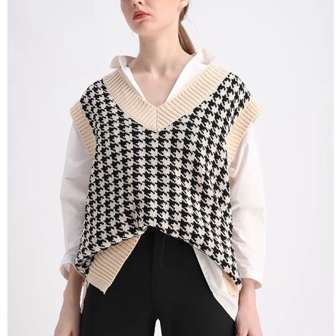 Oversized Houndstooth Knitted Vest - Cila Clothing