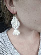 Load image into Gallery viewer, Macrame Leaf / Flower Petal Earrings