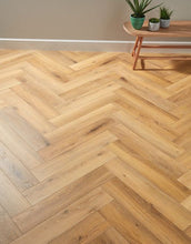 Load image into Gallery viewer, Oak Robust Natural Herringbone 12mm
