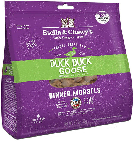 Stella & Chewy's Freeze Dried Raw Dinner Morsels for Cats Duck Duck Goose Dinner Morsels