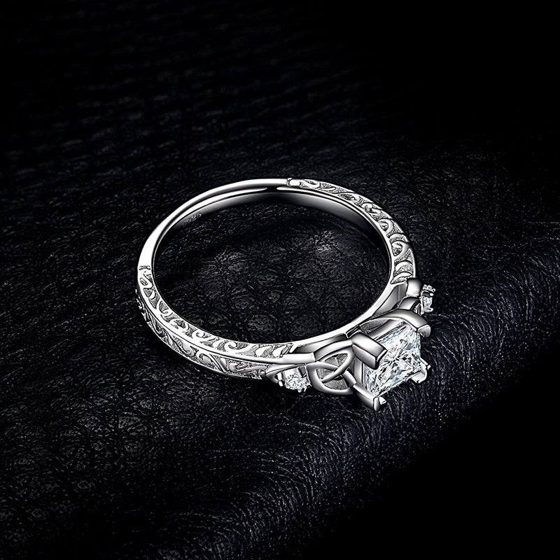 Women's JewelryPalace Vintage Celtic Knot Princess Cut 1.2ct Cubic Zirconia Solitaire Engagement Ring 925 Silver Bride Wedding Ring size 4-12 A very beautiful ring