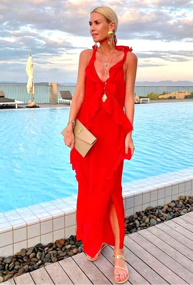AnnaSkoog_RedMaxidress_LindseyBrown_Resort