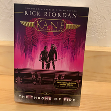 Load image into Gallery viewer, The Kane Chronicles, The Throne of Fire, Book 2