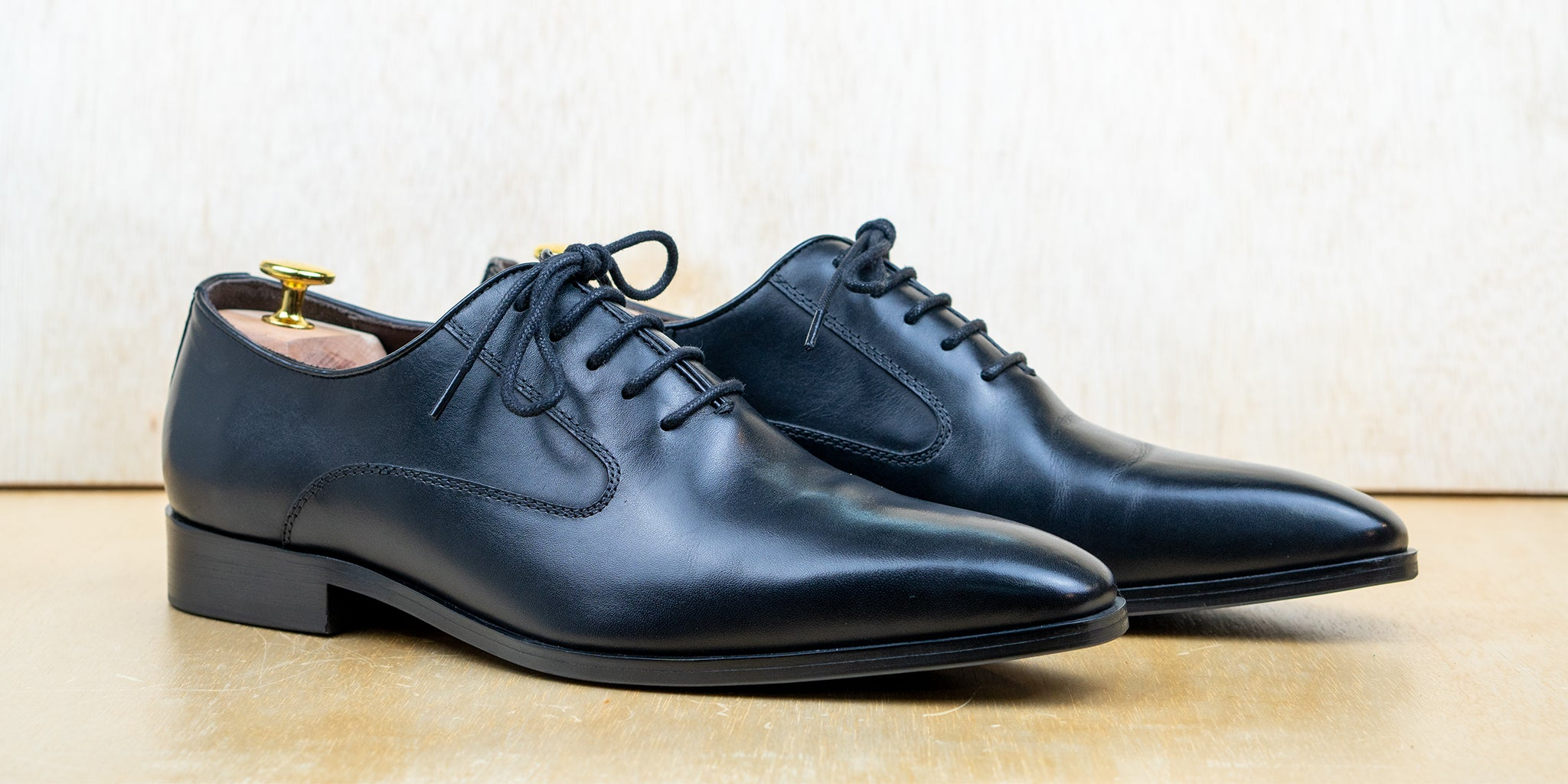 Side Stitch Oxford Black