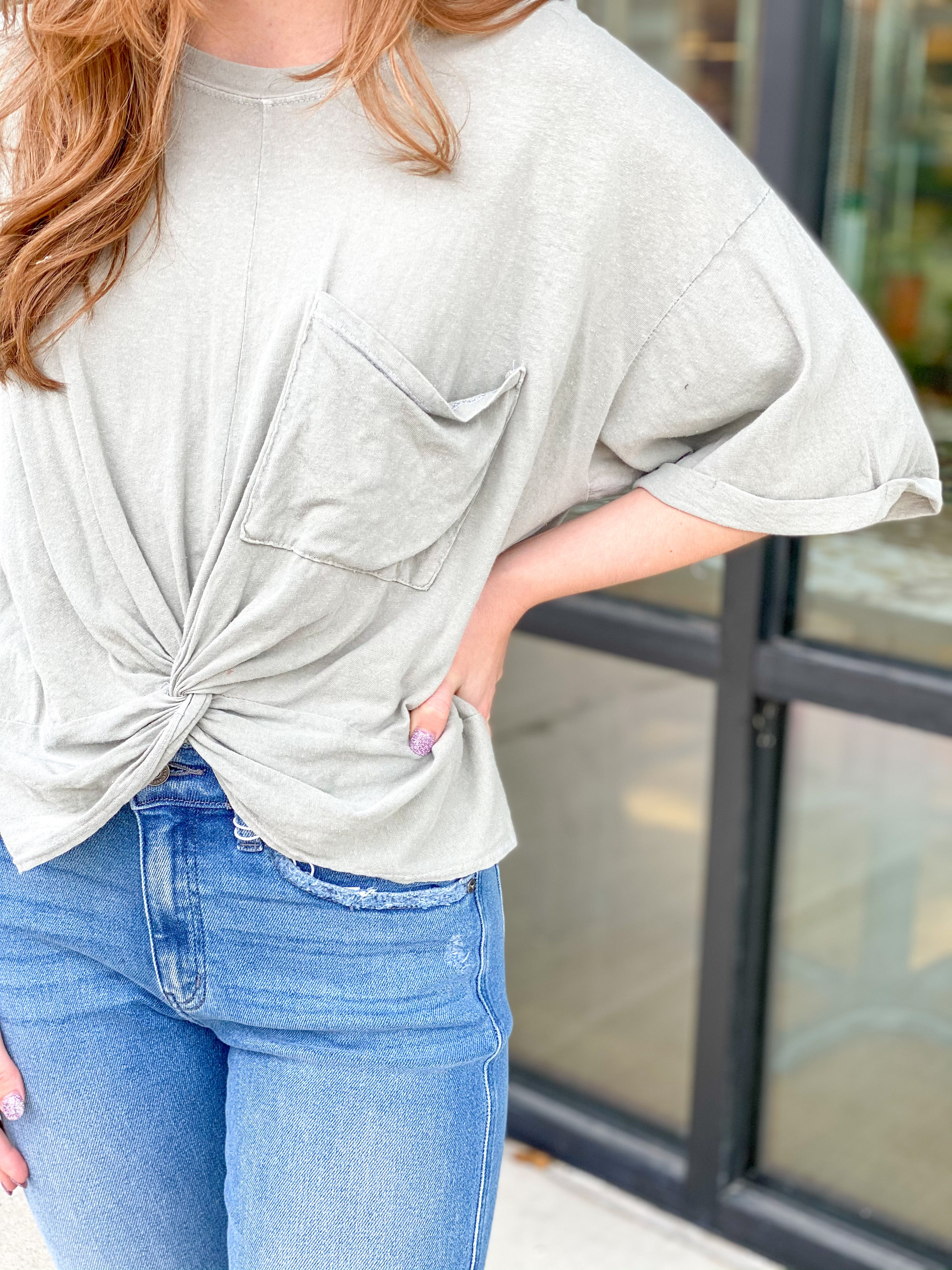 Cropped Tee with Pocket and Twist Bottom