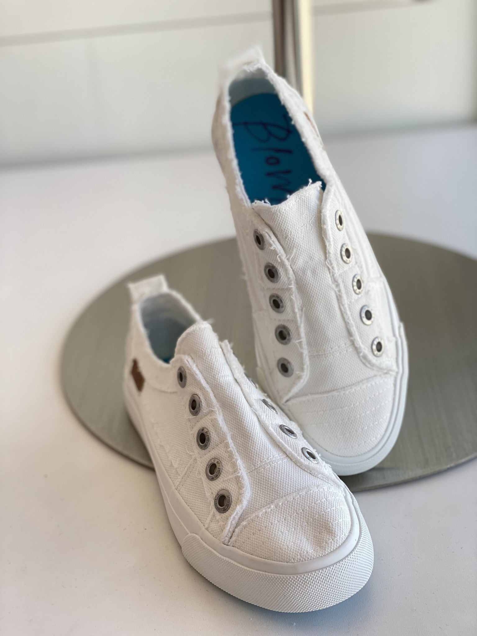 Play Blowfish Sneaker