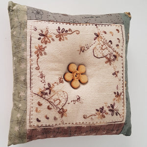 Small Cushion