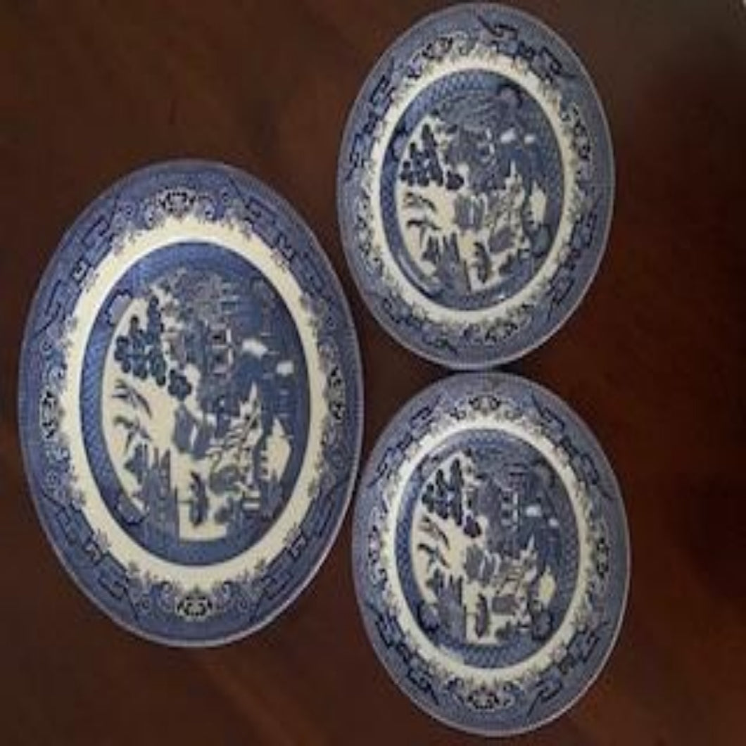 Churchill  Plate Trio - Blue Willow Design
