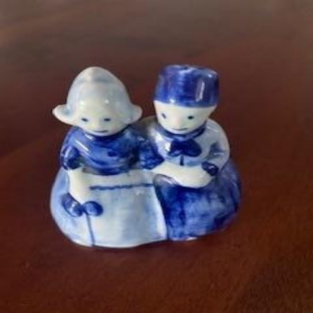 Blauw Delfts - Dutch Couple Small Figurine