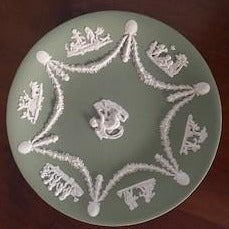 Wedgewood Jasperware Large Plate 22.5cm - Sage Green