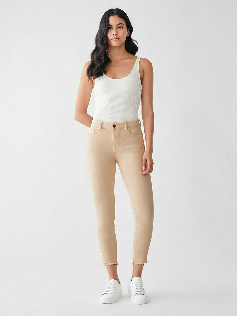 DL 1961 Florence Crop Mid Rise Skinny in Vacarro model