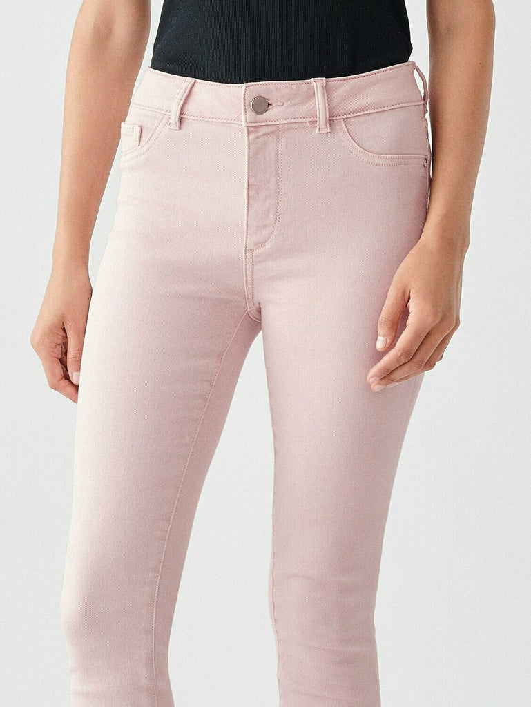 DL 1961 Florence Ankle Mid Rise Skinny In Camellia close up