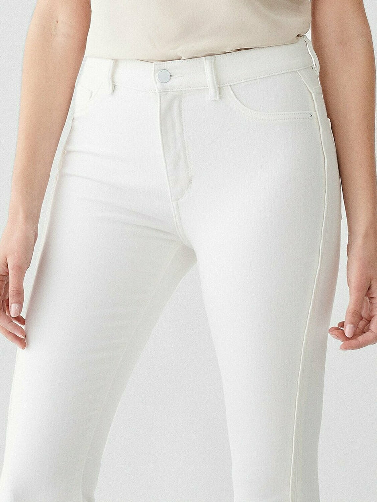 DL 1961 Farrow Cropped High Rise Skinny Jean in Quill close up