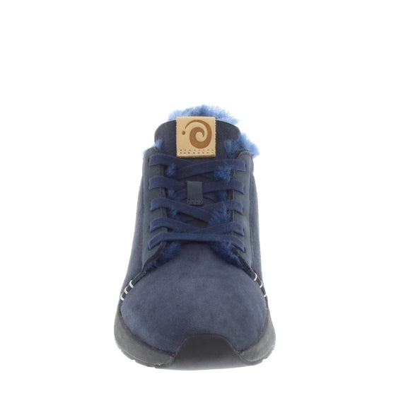 Ms. SNUG Low, Navy on Black Sole