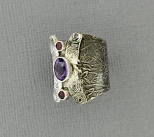 Load image into Gallery viewer, Peridot Ring in Oxidized Sterling Silver