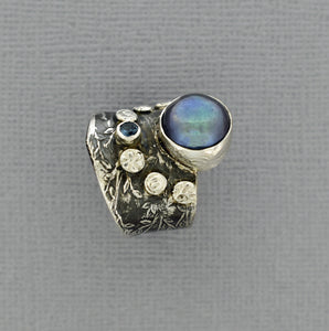 Offset Peacock Pearl Ring in Sterling Silver