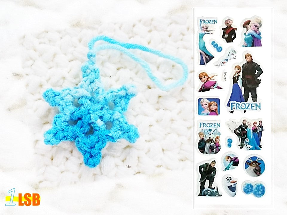 NEW! OMC01B Pretty Snowflake Crochet Merry Charm Set B + Free