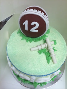 "CRICKET BALL & WICKETS 6""CAKE"
