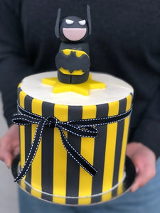 "BATMAN 3D FIGURE 6""CAKE"