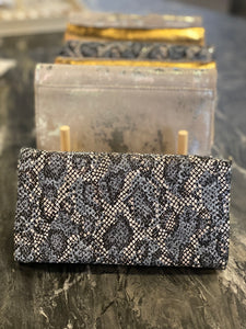 Zella Clutch