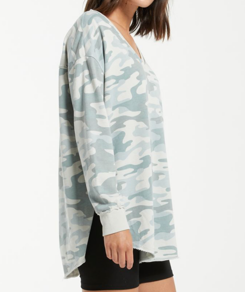 Dusty Camo V-Neck Weekender