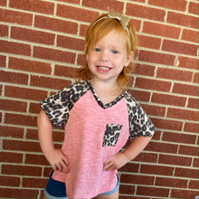 Load image into Gallery viewer, Kids V-Neck With Leopard Pocket Tee