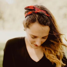 Load image into Gallery viewer, Floral Knotted Headband