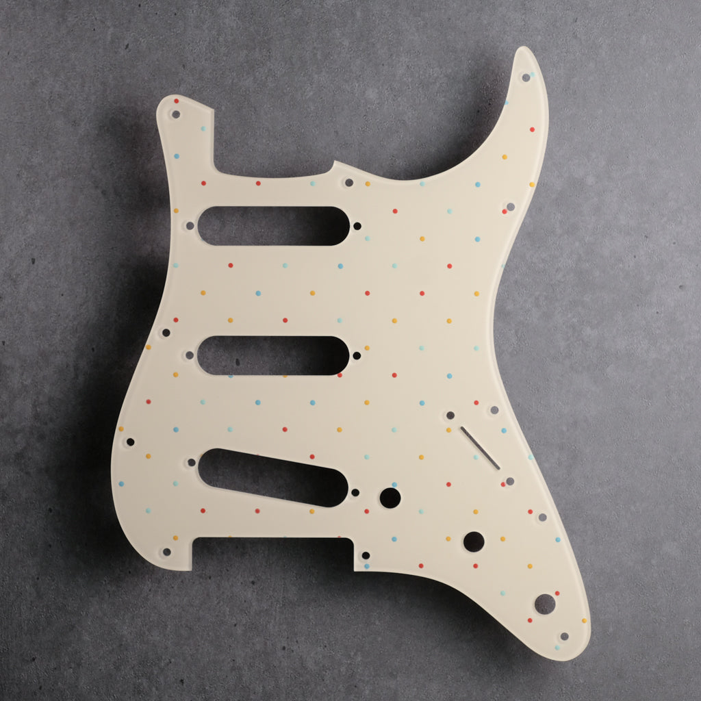 Dots at the Beach - Stratocaster Pickguard - Ivory