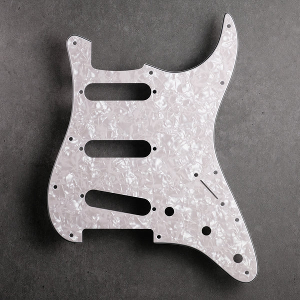 PICKGUARD AND TREMOLO COVER SET AGED WHITE PEARLOID 4 PLY FOR STRATOCASTER