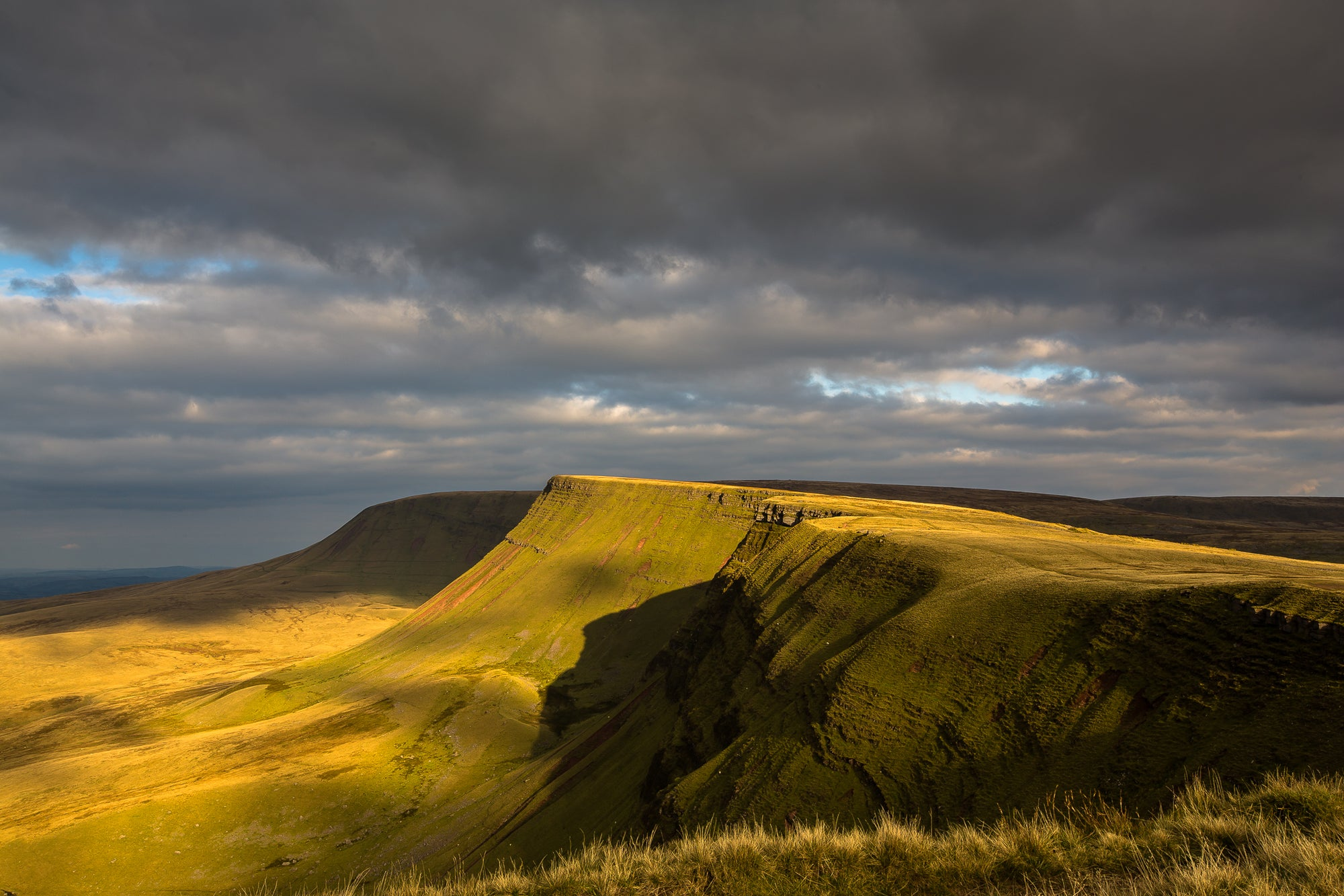 Brecon Beacons Photography by Anthony Pease, Llyn Y Fan.