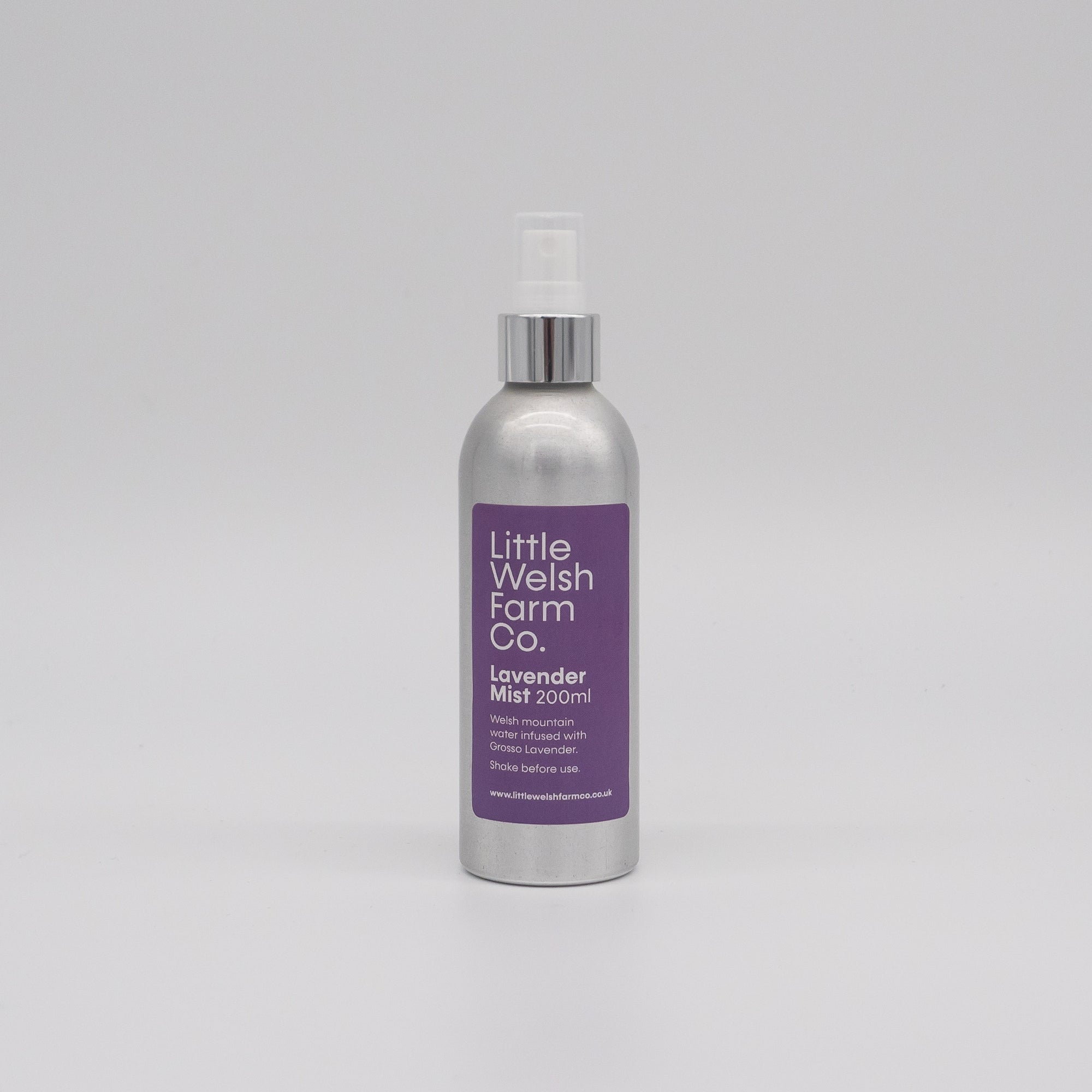 welsh grown lavender mist spray, perfect bed and sleep spray to help you have a perfect nights sleep.