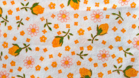Rosebud and Daisy - Vintage Flannel Fabric - VFL29