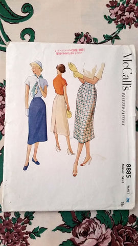 1952 McCalls Vintage Sewing Pattern 8885 - Skirt - Waist 28