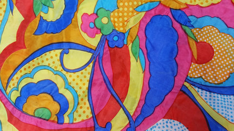 1960s 1970s Retro Fabric - Non-stretch - Puffy Groovy Psychedelic - Fabric Remnant - 6NL48