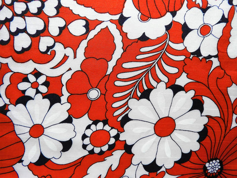 1960s 1970s Retro Fabric - MOD Heart Floral - Red - Fabric Remnant - 6PNS62
