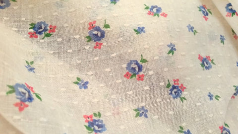 Ivory - Roses - Vintage Dotted Swiss Fabric - DSS500