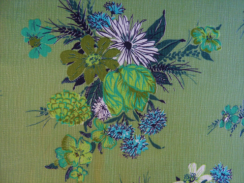 Vintage Fabric - Home Decorating - Green Floral - Fabric Remnant - HDB136
