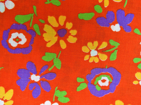 Vintage Fabric - Cotton -  Floral - Red - By the Yard - VCL300