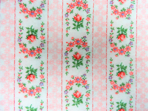 Vintage Fabric - Cotton - Flannel - Garland - Pink - By the Yard - VFL95