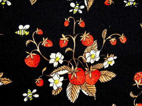 Bee & Strawberry - Stretch Polyester - Retro Fabric - 6PS3064