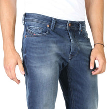 Load image into Gallery viewer, Blue button fly closure jeans with pockets and logo details