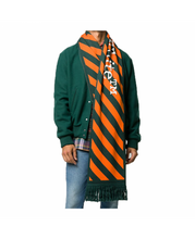 Load image into Gallery viewer, OFF-WHITE ARROWS SCARF IN GREEN
