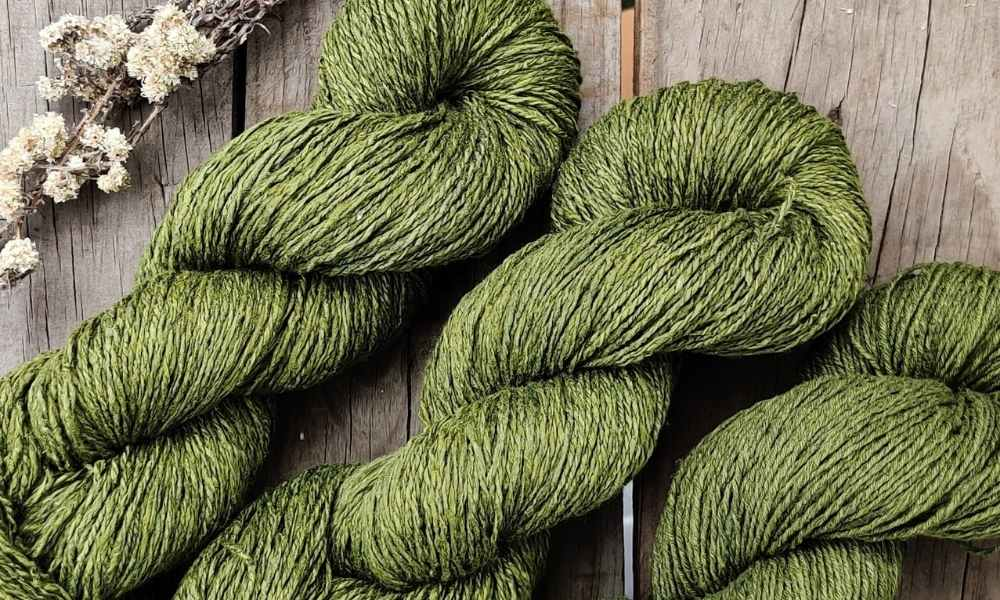 Natural dyed Yarn on a table | Muezart India