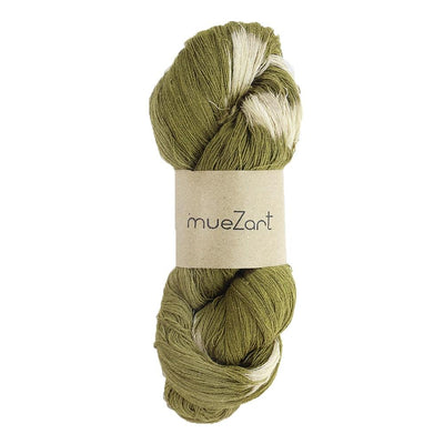 eri silk yarn | natural dyed fern green tie dye | sustainable yarn | vegan yarn | eri silk erandi silk errandi | Muezart