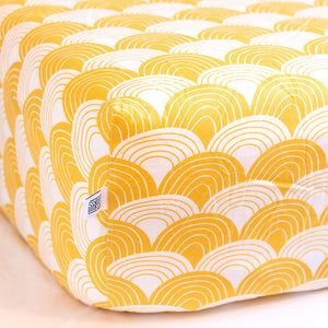 Swedish linens hoeslaken Mustard yellow - 90x200cm