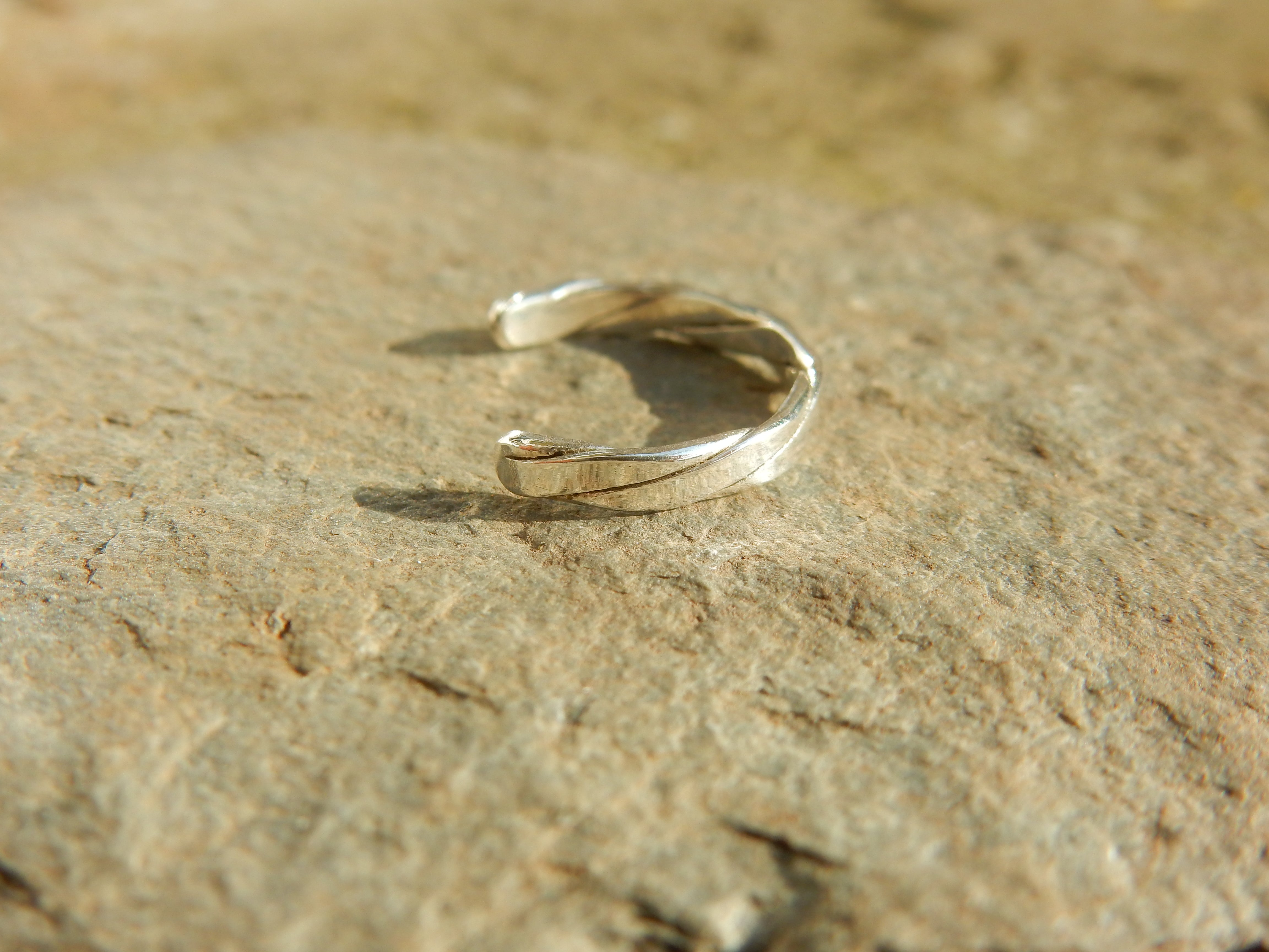 Twisted fine silver toe ring