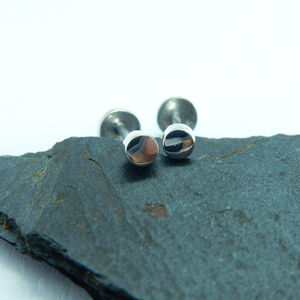 Open image in slideshow, Plain silver stud earrings